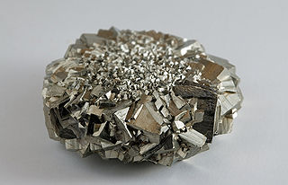 Lusture of Pyrite: Lustre[6]